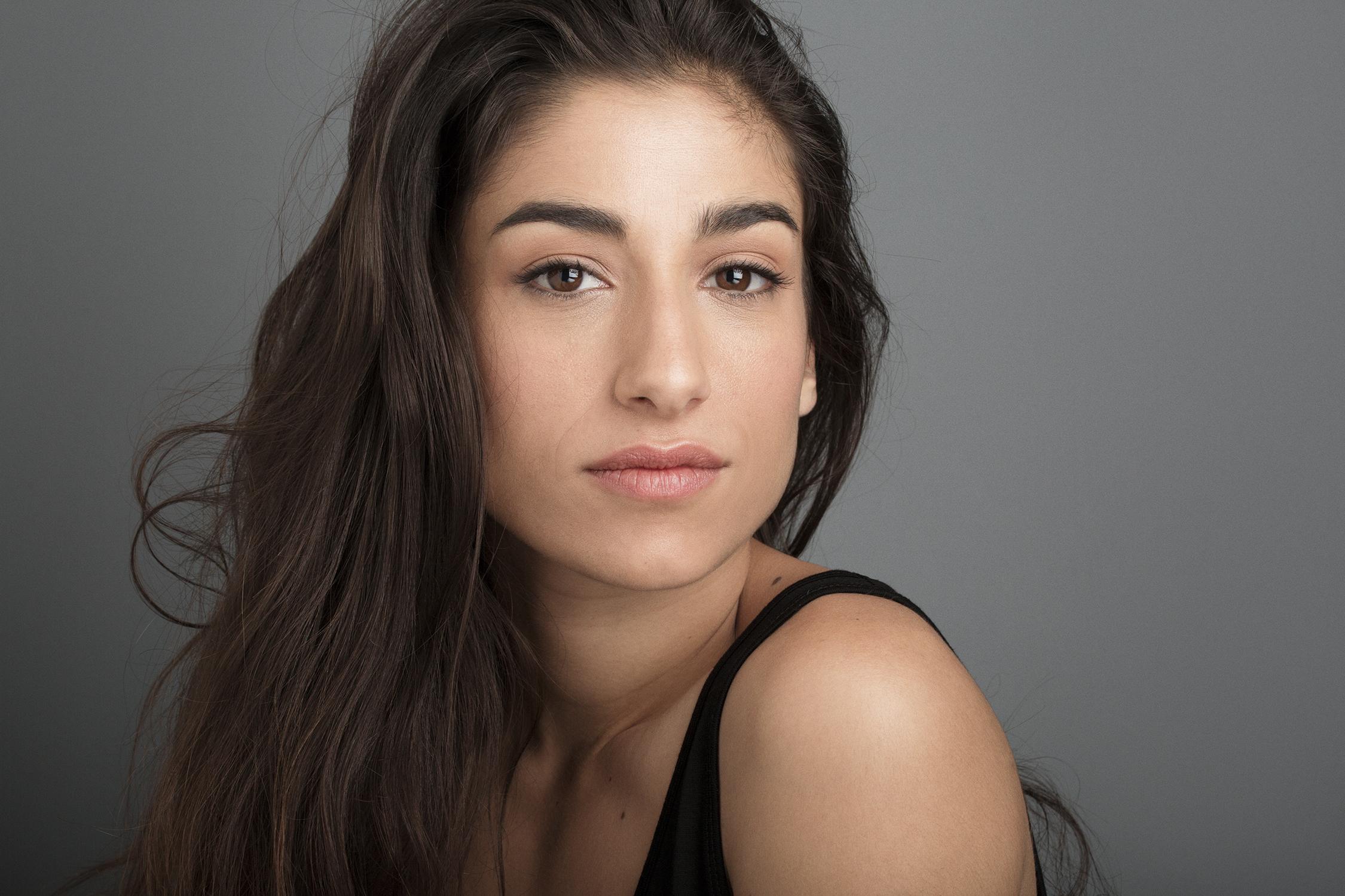 La actriz extremeña Carolina Yuste acudirá hoy martes a la presentación de la película Carmen y Lola en Don Benito